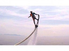 【滋賀・琵琶湖】ベタベタしない!完全淡水 ホバーボード体験(20分)カーメルビーチクラブ店の画像