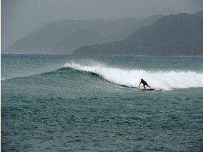 【鹿児島・奄美大島】SUP サーフガイド (4時間・4名まで)の画像