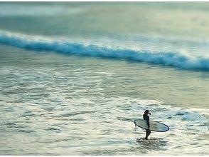 【大阪・サーフィンスクール】目指せプロサーファー!ステップアップに最適!プロスクールコース!の画像