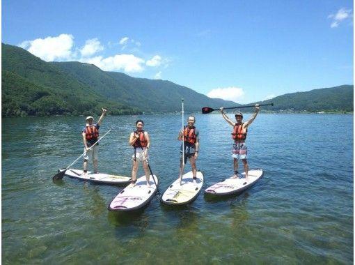 【長野・木崎湖】透き通った水と眩い緑の中へ SUPと自然の魅力を満喫できるエンジョイコースの紹介画像