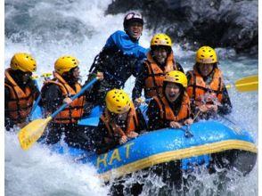 [岐阜-Nagara River]讓我們享受一整天的荒野吧!漂流經驗(1日遊)