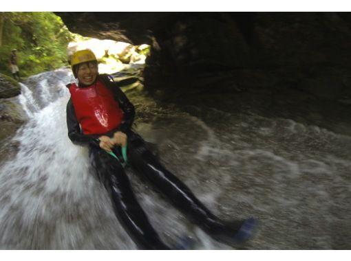[岐阜·Nagara河】爬上河!淋浴間攀岩經驗(半天課程)の紹介画像