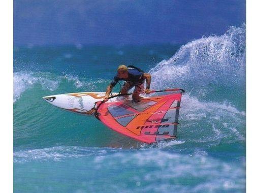 【静岡・御前崎】風をつかまえて滑走!ウインドサーフィン体験(充実の3時間コース)