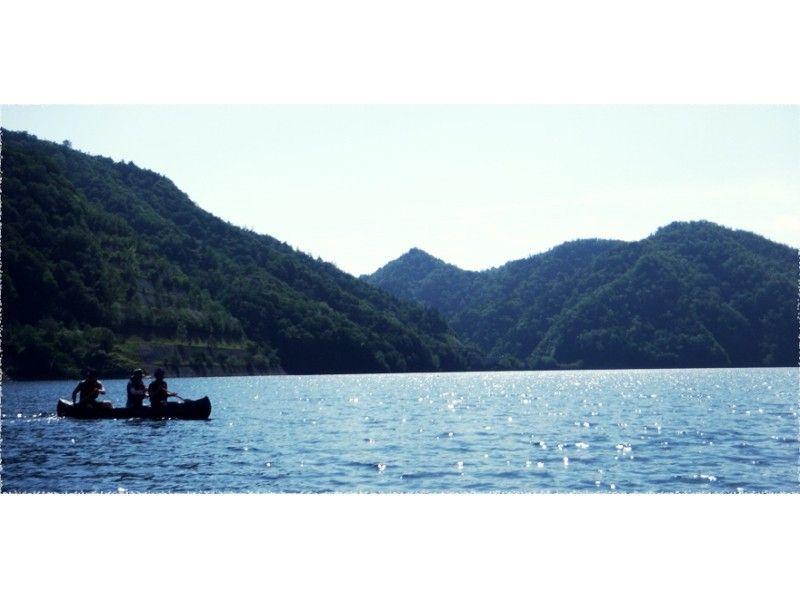 【北海道・さっぽろ湖】定山渓ダムを一望できるカヌーツアー!の紹介画像