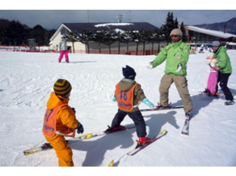 【山梨・富士山】富士山で滑る!スキーレッスンの紹介画像