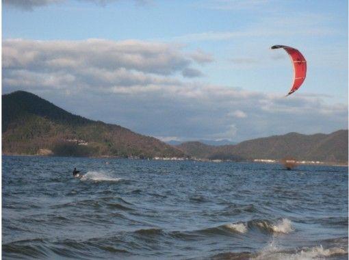 【滋賀県 琵琶湖】本格的に始めたい!カイトボード3回マスターコース