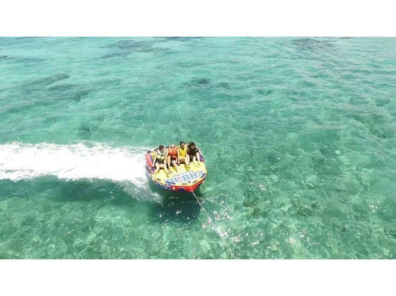 【沖縄・古宇利島】スリル満点!海上滑走‼ トーイングチューブの紹介画像