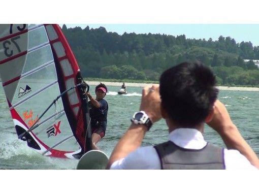 【茨城・大洗涸沼湖】ウインドサーフィン体験スクール(1日コース)の紹介画像