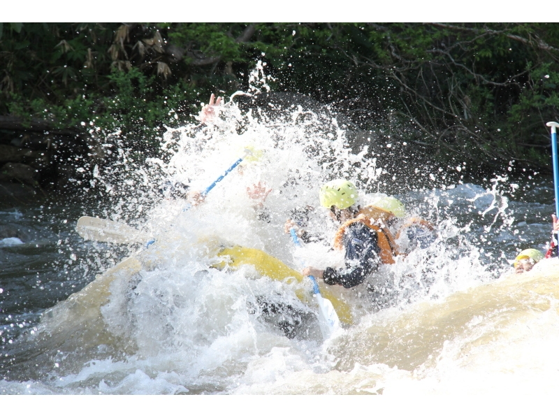[Hokkaido, Niseko] Outdoor representative of the Niseko! Exhilarating rafting-half-day course! Introduction to image
