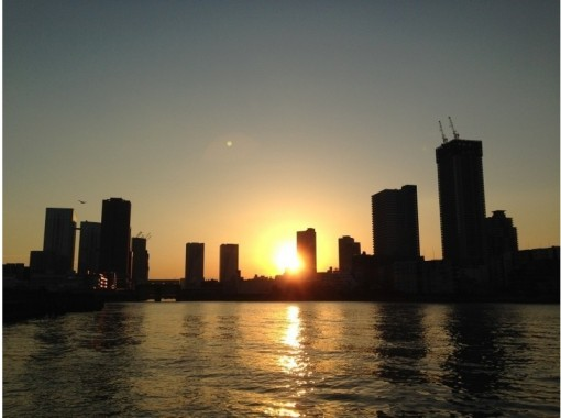 【東京・日本橋】煌く夜景を堪能! 東京湾ナイトクルーズ(貸切・定員44名)パーティ・記念日にぜひ!