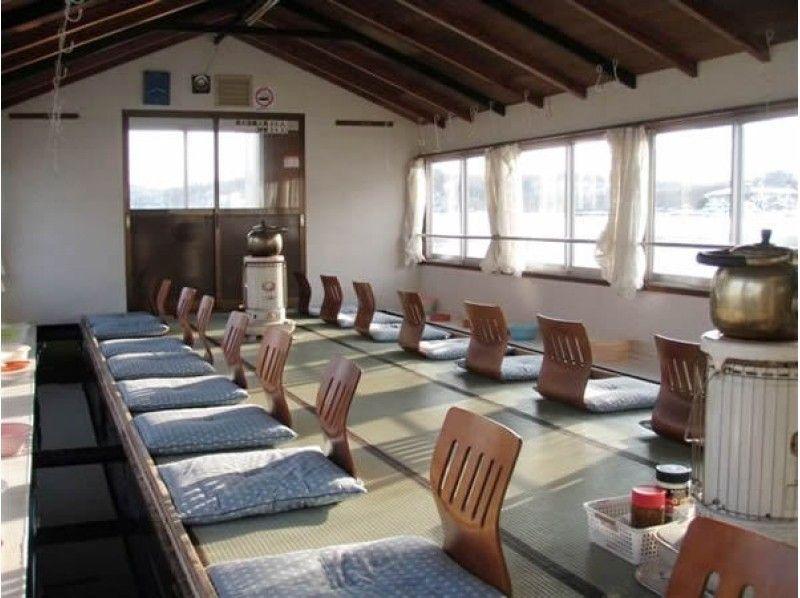 【長野・野尻湖】温かい屋形船で楽しむ!乗りあいワカサギ釣りプラン♪の紹介画像