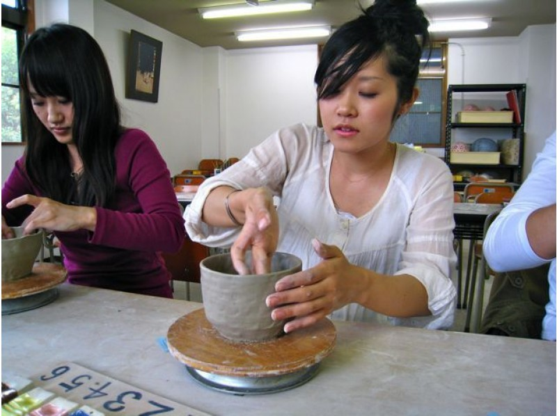 [Kyoto Higashiyama] pottery experience of introduction image in Kyoto tourist attraction