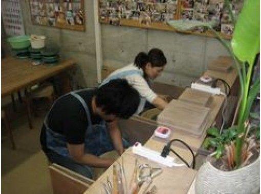 【大阪・淀川】初心者歓迎! 6才から参加OK!オリジナルの作品を作ろう!電動ろくろ体験