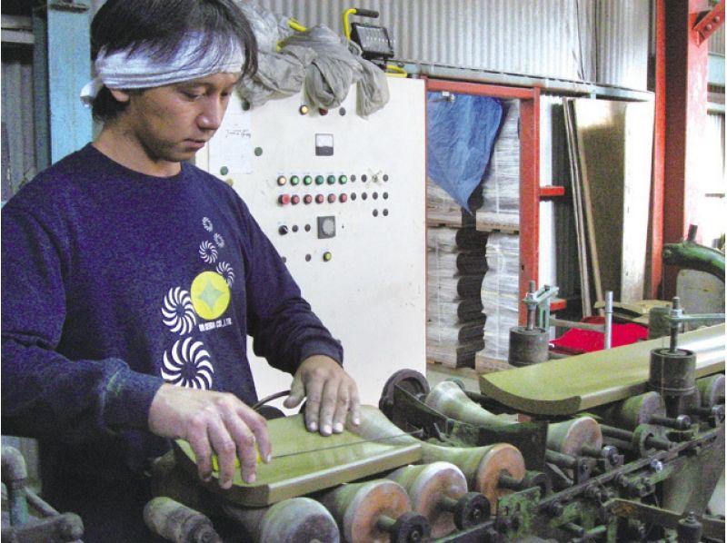 【兵庫・姫路】実際の仕事に触れる職人体験!いぶし瓦工場見学&職人仕事体験の紹介画像