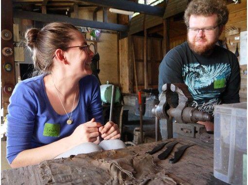 【岐阜・羽島市】刀匠が鍛造の技を教えます!鍛冶場で侍ナイフ作り(1日体験コース)