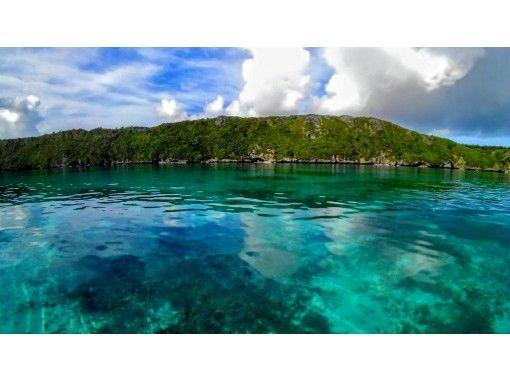 [沖縄·伊拉貝島]藍洞和神秘的洞穴玻璃船樂趣の紹介画像