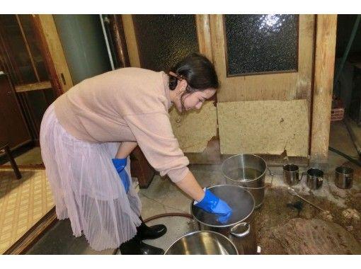 【京都・中京区】手軽に染物体験!京鹿の子絞りの技法で作る「ハンカチ染め」手ぶらでOK!