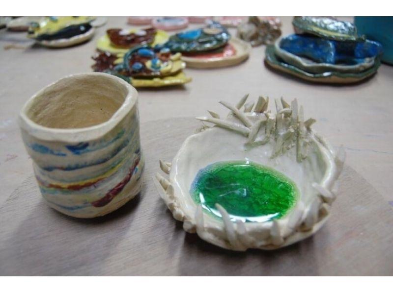 【東京・陶芸手びねり】本格的に全て自分で作る!手びねりコース(成形~釉薬掛け・3回)の紹介画像