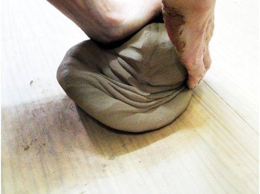 【新潟・陶芸体験】粘土はたっぷり1㎏! 初心者向け手びねり体験プラン