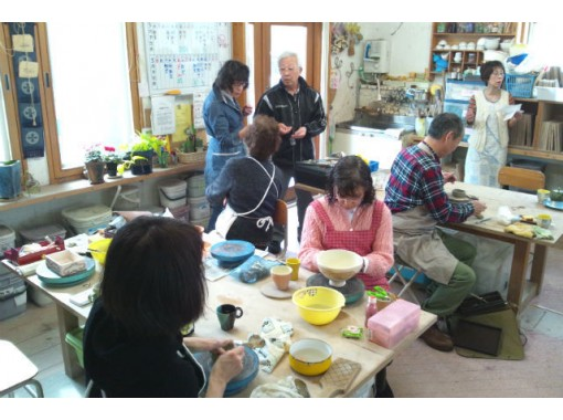 [Hokkaido, Hakodate] Let's make bowls and cups in a nice workshop in the gallery! Ceramics experience course (1 day)の紹介画像