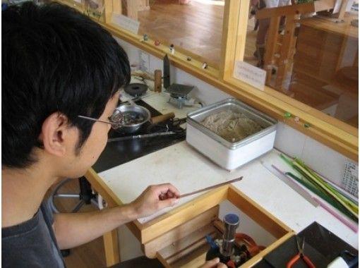 【長野・白馬】北アルプスの麓でとんぼ玉作り!カラフルなかわいいお土産を作ろう