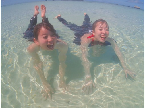 [学生折扣计划] [早晨/下午出发] [半天] [附水下照片]在幻影岛降落和浮潜の紹介画像