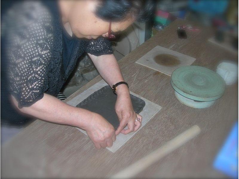 【山形・天童市】お皿に絵を描いて絵つけをしてみよう★絵付け体験の紹介画像