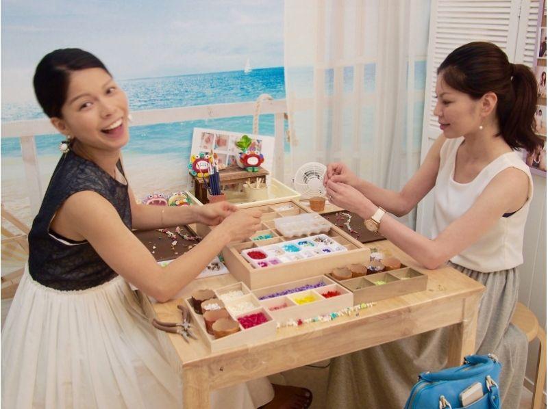 【沖縄・那覇・アクセサリー作り】天然石、貝殻などを使ってオリジナルアクセサリーを製作しようの紹介画像
