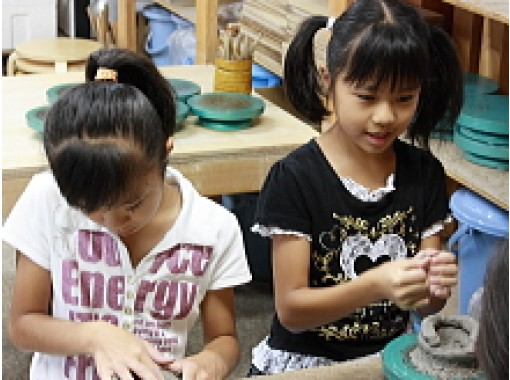 【長野・八ヶ岳】野辺山高原で陶芸体験!小学生から参加できる「手びねりコース」