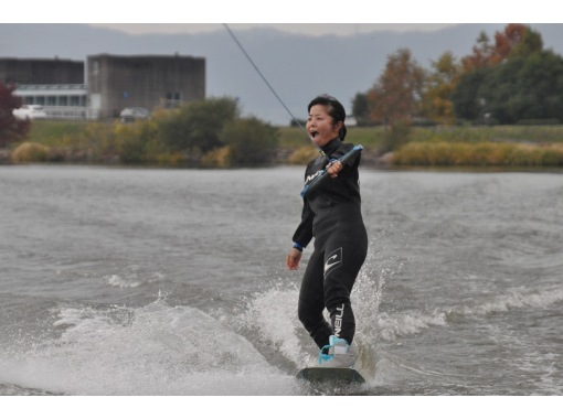 [Shiga ·Biwa lake· Wakeboarding For experienced users! Free touring course (15 minutes x 2 sets)の紹介画像
