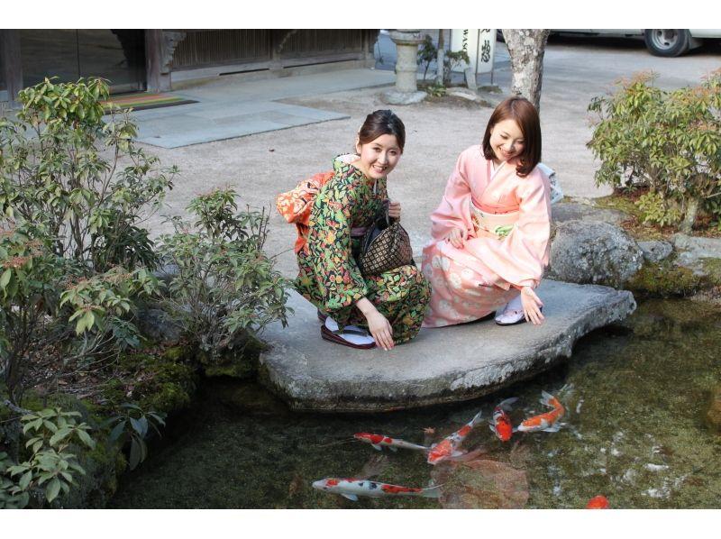 【広島・宮島】厳選されたワンランク上の着物を着て宮島観光を満喫[お着物レンタルプラン]の紹介画像