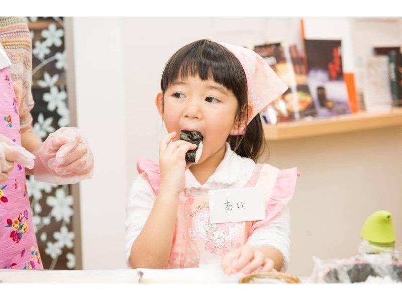【東京・築地】築地で本格寿司を自分で握って食べられる![握り放題・食べ放題 体験レッスン/90分]の紹介画像