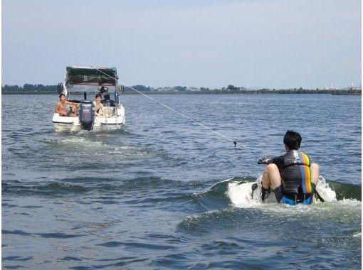 【滋賀・琵琶湖】レンタル込み!ウェイクボード体験(初心者コース)