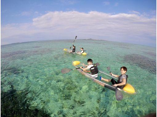 [冲绳/备濑] 用透明皮划艇开始划船♪推荐给家庭的透明皮划艇体验! !!の紹介画像