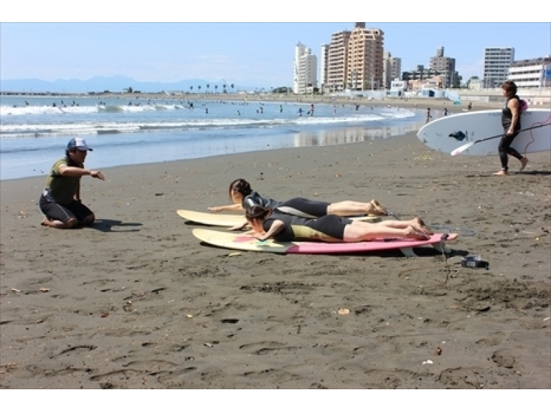 [Kanagawa, Shonan surfing school] female student two or more of those limited ★ Margaret plan / 4300 yen introduction image