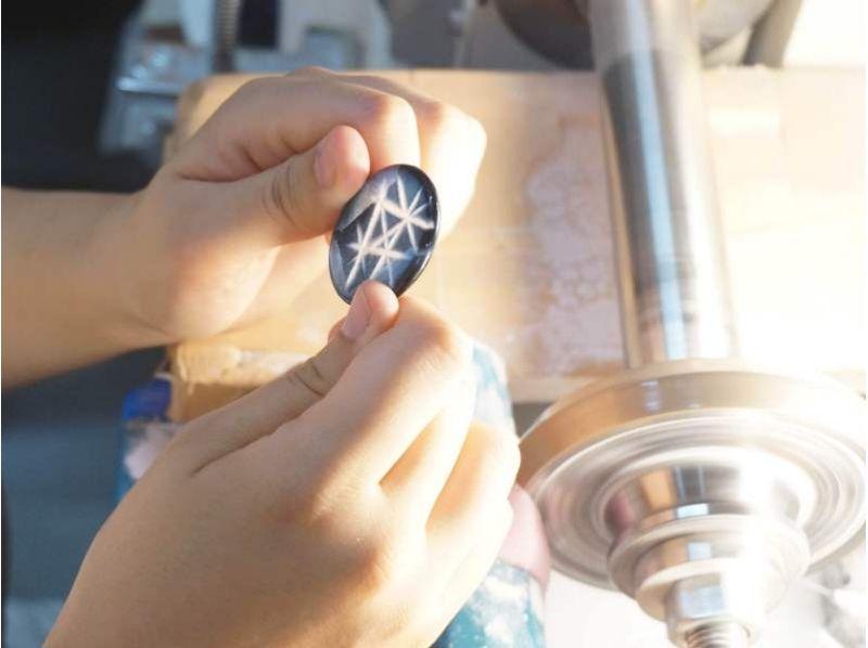 【鹿児島県・霧島】薩摩切子の新ジャンル「ecoKIRI」に挑戦しよう! 薩摩切子カット体験の紹介画像
