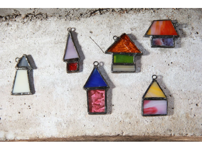 【北海道・北広島】インテリア小物やアクセサリーなどお好みのアイテムをつくろう[ステンドガラス体験]の紹介画像