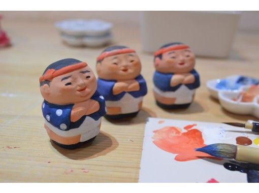 【福岡・博多】伝統工芸士の工房で、自由に博多人形に絵付けをしてみませんか?の紹介画像