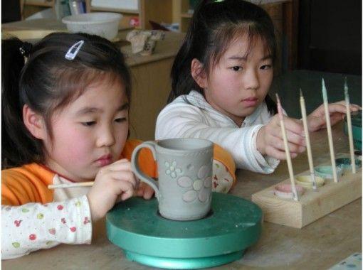 【千葉・鴨川】子どもからご年配までだれでも参加OK!陶器の「絵付け」体験にチャレンジ