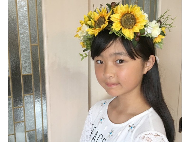 【東京・富士見台】記念日・パーティに花冠で華やかさを。花冠のフラワーアレンジメントの紹介画像