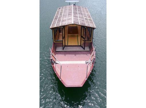 【高知県・四万十市】定期便の屋形船で気軽に遊覧!絶景の四万十川を堪能するプラン