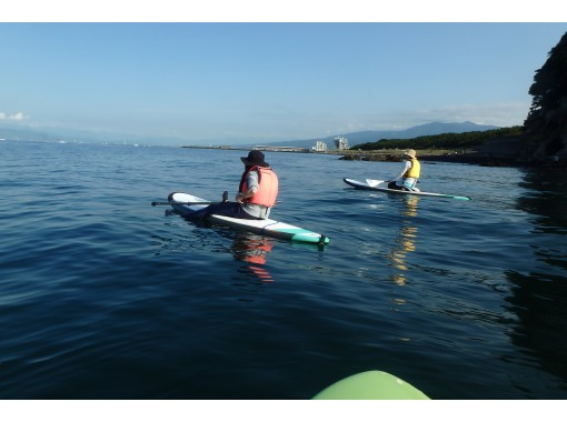 【 Shizuoka / Numazu / Izu】 Summer term limited plan. Morning Sun 1 hour experience the morning SUP while looking at theの紹介画像