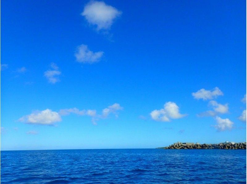 【沖縄・恩納村】シュノーケル(青の洞窟コース)の紹介画像
