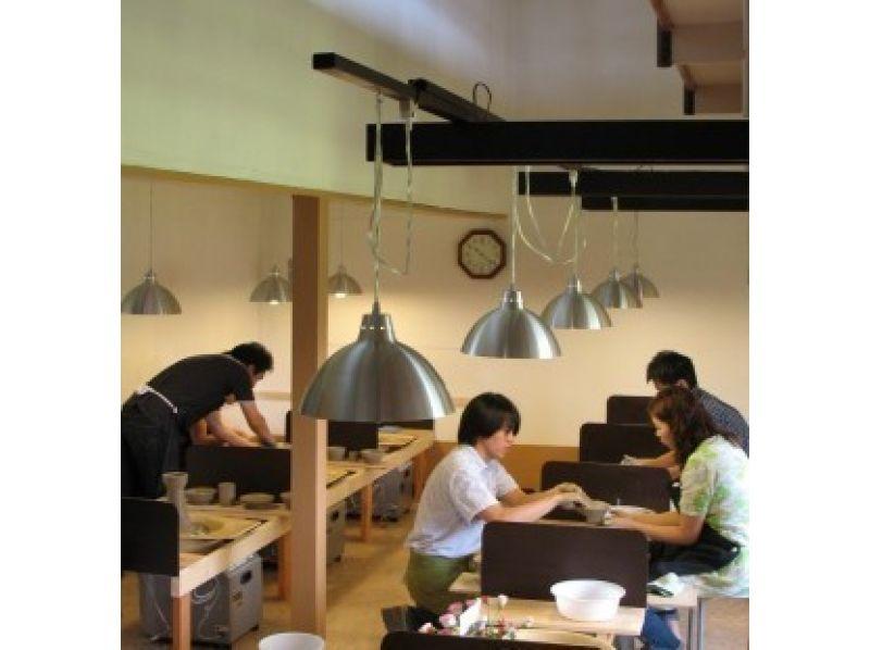 【栃木・益子】焼き物のまち・益子で本格陶芸体験。〔ロクロ体験教室〕の紹介画像