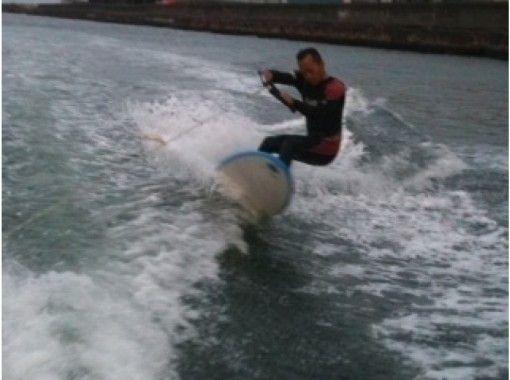 [神奈川-橫濱]湘南滑上水!花式滑水板課程(1至4小時3人)の紹介画像