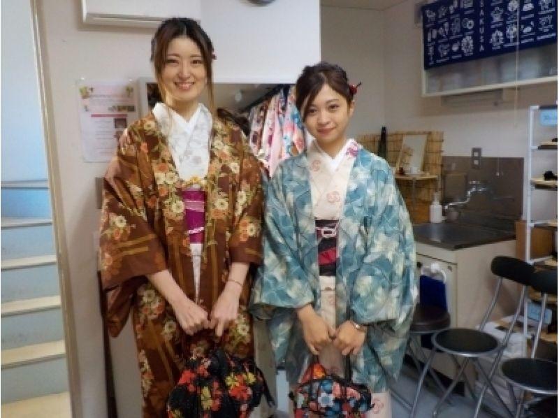"[Asakusa, Tokyo] walk from Asakusa Station 30 seconds! Wearing a kimono introduction image of Asakusa stroll plan while enjoying the atmosphere of the ""sum"""
