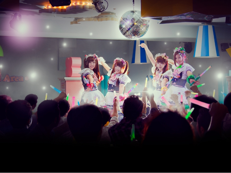 Live by Meido Midori!