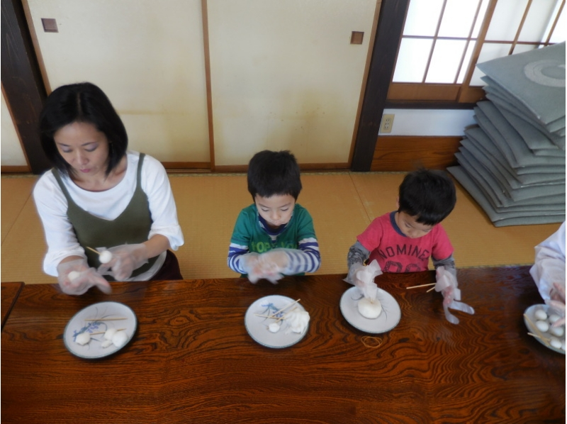 ※12歳以下無料※柴又 髙木屋老舗で和菓子作り体験!大人も子供も楽しめる!の紹介画像
