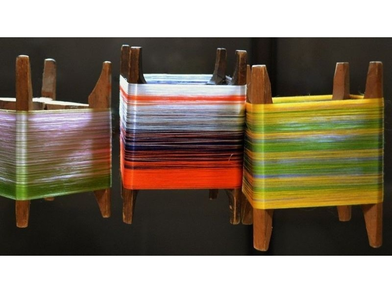 【京都市】絹糸の色合わせが楽しい!糸巻きランプシェード作り体験の紹介画像