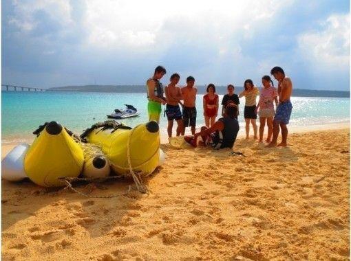 地域クーポン可!貸切!東洋一美しい前浜ビーチで絶叫マリンスポーツ4種バナナ&マーブル&ジェット&ウェイク!ウェイク講習付!写真データ込!団体の紹介画像